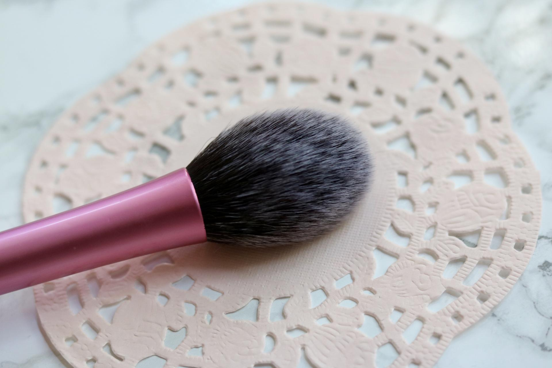 My Top 5 Most Used Brushes | Katie Actually | Blush brush
